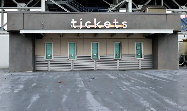 ticket-booth-3196103_640
